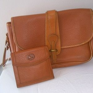 Dooney & Bourke purse & wallet